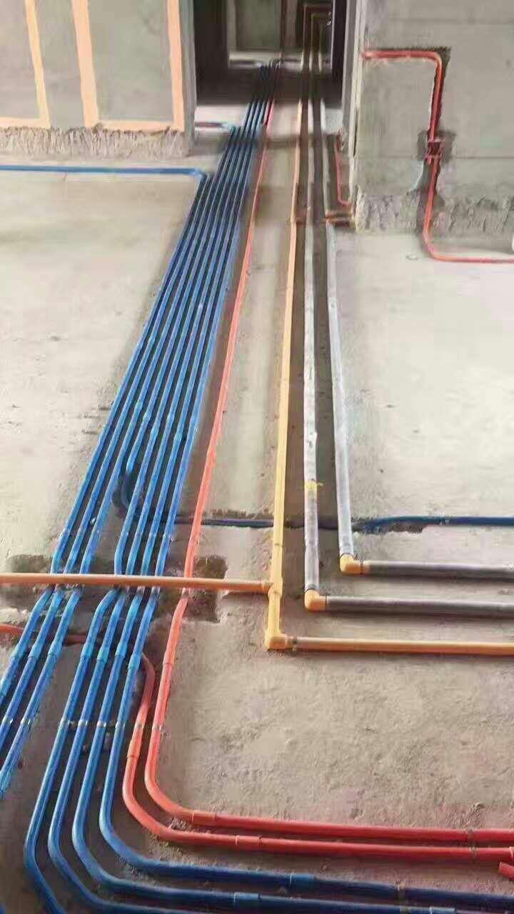 星際半島在建工地之水電工程